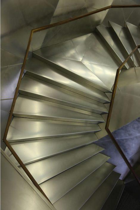 m19 - stairwell, Madrid