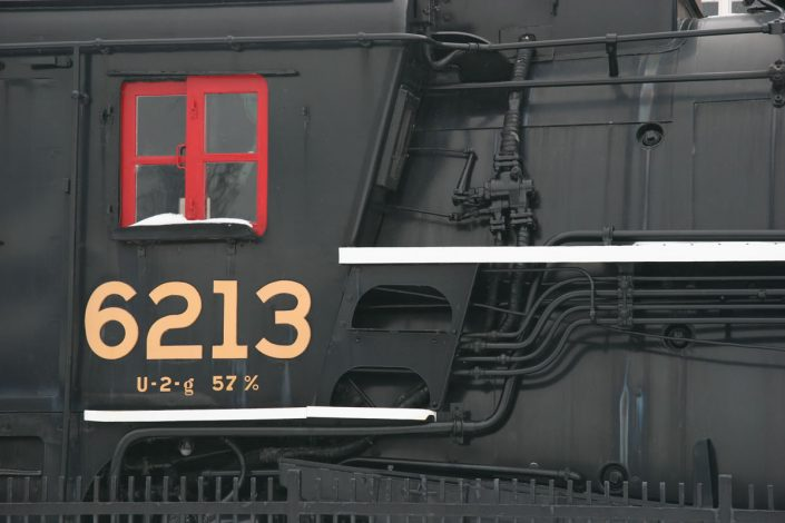 th10 - steam locomotive